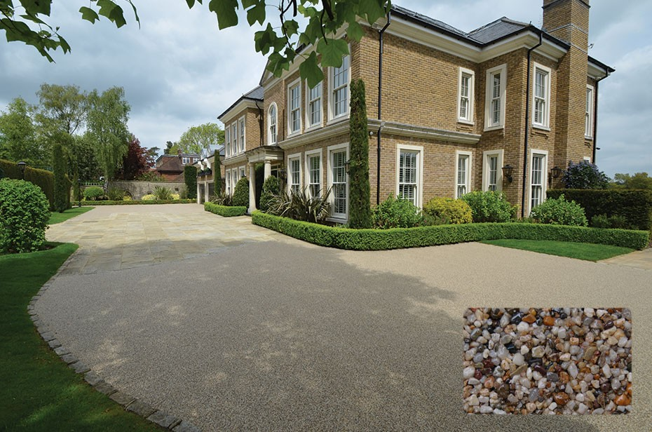 Clearstone resin bound driveway in Epsom