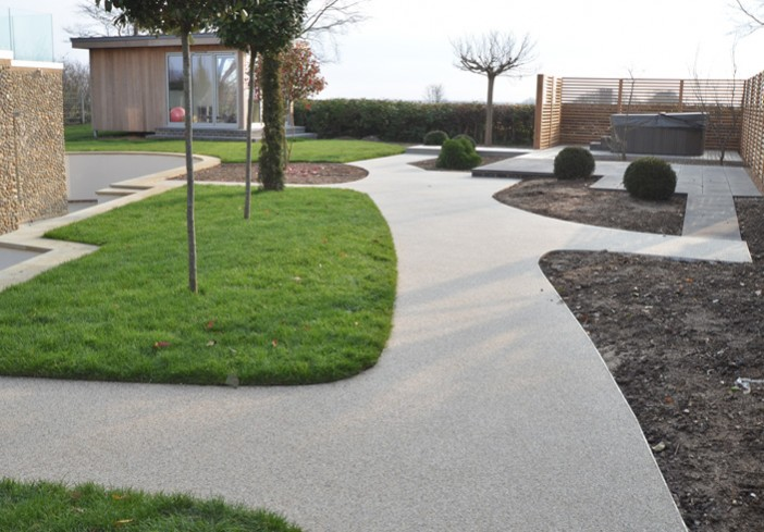 Resin bound paving at Saltmarsh house
