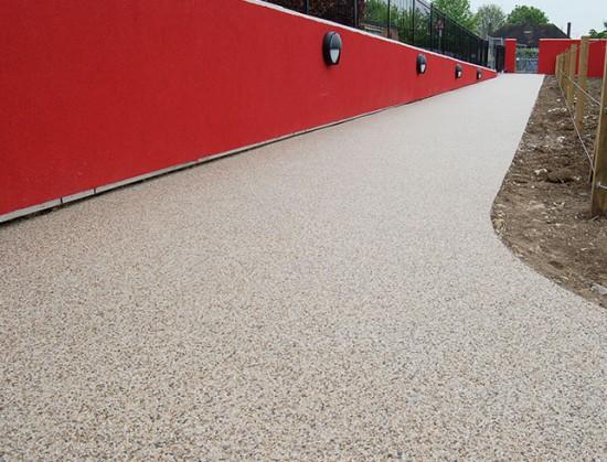 Bonded gravel resin at Woodcote School, Coulsdon
