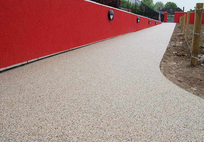 Bonded gravel resin at Woodcote School, Coulsdon