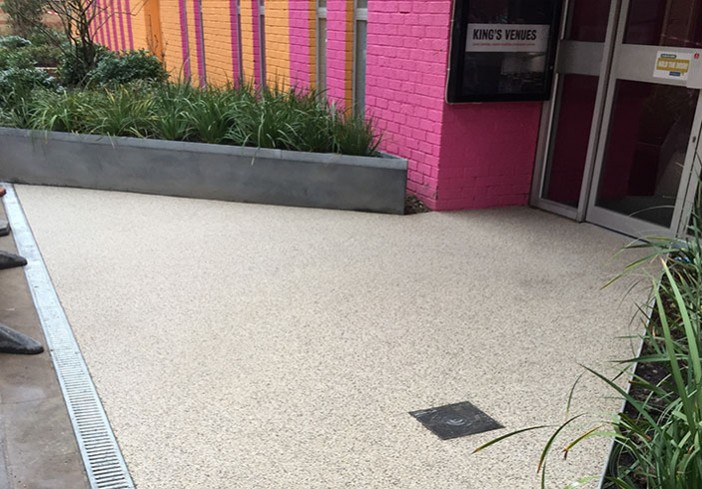 Green-Theatre-Resin-Flooring-Pink-Entrance-picture