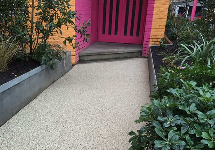 Green-Theatre-Resin-Flooring-Pink-Entrance-picture-opposite