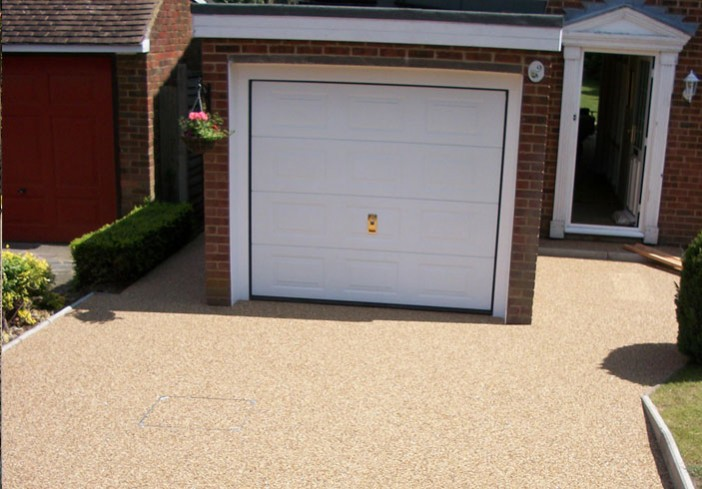 Orpington-Clearstone-Garage-picture