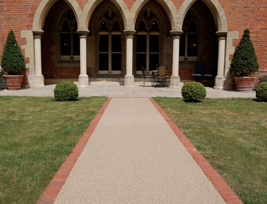 All-Saints-Resin-Bound-Pathway-picture-three-opposite-side