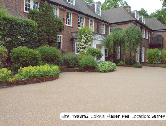 Resin Bound Driveway in Flaxen Pea colour, Wentworth, Surrey by Clearstone