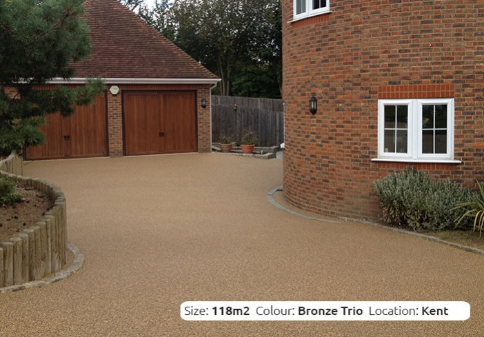 Resin Bound Driveway in Bronze Trio colour, Orpington, London by Clearstone