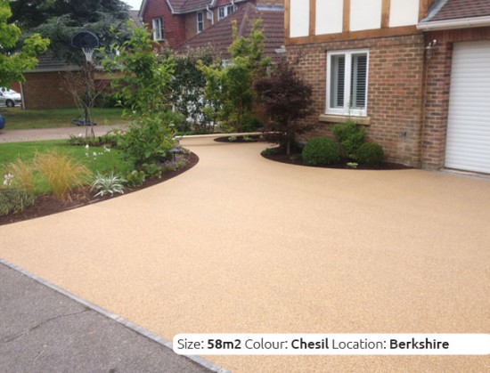 Resin Bound Driveway in Chesil colour, Warfield, Berkshire by Clearstone