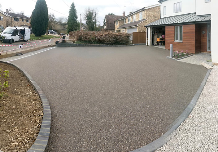 Resin Bound Gravel Driveway in Seal colour, Wendens Ambo, Essex installed by Clearstone