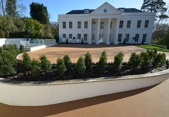 Resin Bound Gravel Driveway in Havana colour, Weybridge, Surrey installed by Clearstone