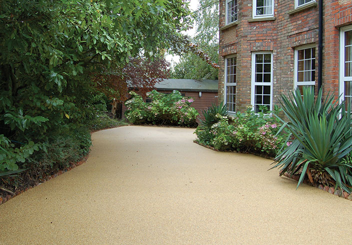 Resin Bound Gravel Driveway in Havan colour, Ansty, Sussex installed by Clearstone