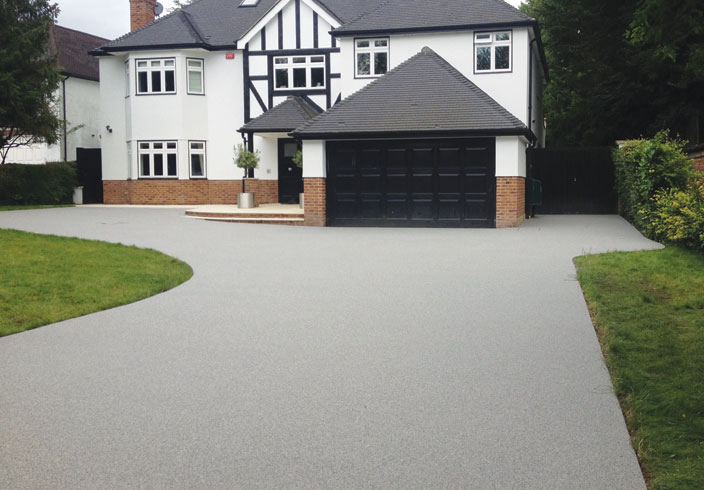 Resin Bound Gravel Driveway in Luna colour, Otford, Kent installed by Clearstone
