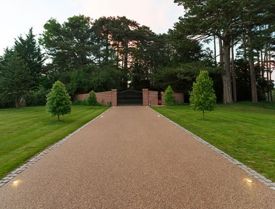 Resin Bound Gravel Driveway in Surrey by Clearstone