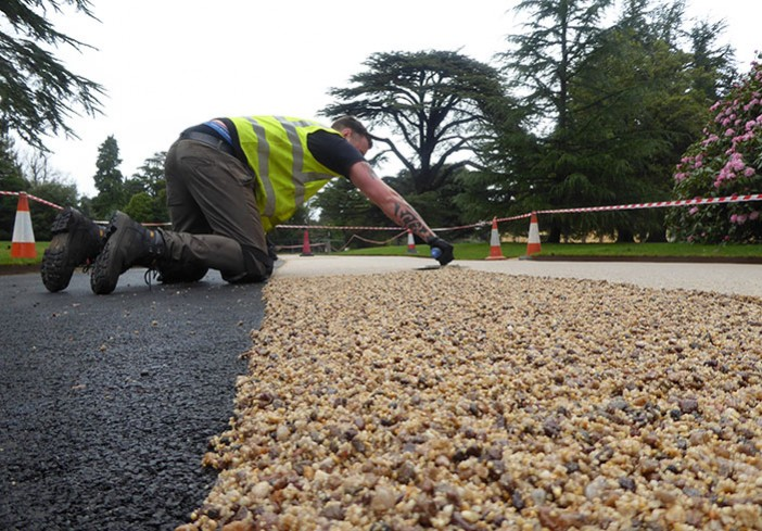 Installing resin bound roadway in Mocha at Osborne House for English Heritage